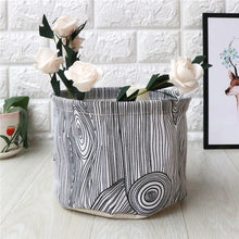 Load image into Gallery viewer, Collapsible Storage Baskets - Moonova Home