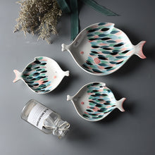 Load image into Gallery viewer, Kissy Fish Plates - Moonova Home