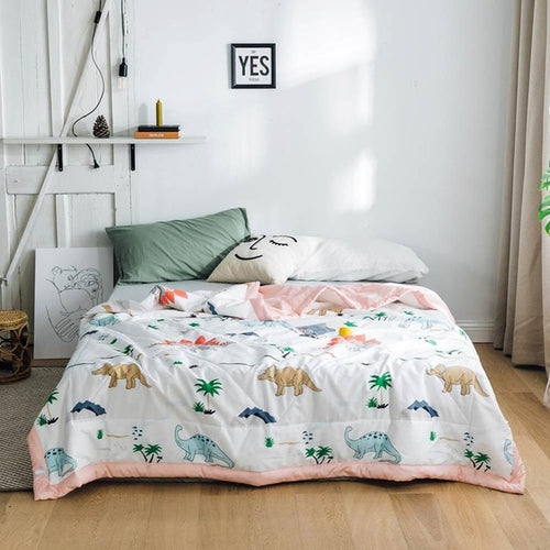 Dino-Mite Lightweight Quilt - Moonova Home