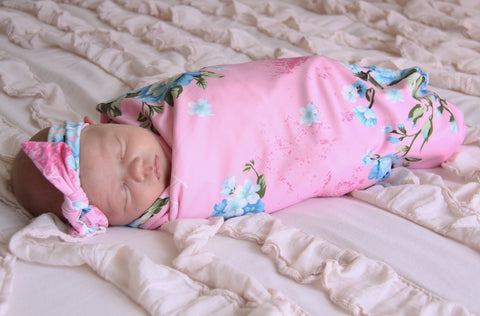 Bella Swaddle & Bow