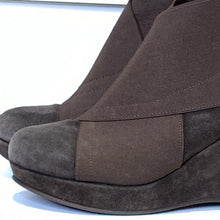 Load image into Gallery viewer, Browns Suede Bootie Size 8