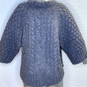 Banana Republic Sweater Size Small