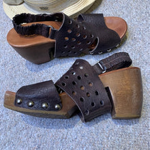 Load image into Gallery viewer, DKODE Sandals Leather and Wood Sandal Size 39