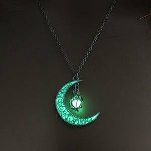 Hollowed-Out Spiral Moonlight Pendant