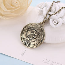 Load image into Gallery viewer, Sand Leakage Badge Necklace