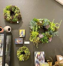 Load image into Gallery viewer, Frank - Succulant Wreaths