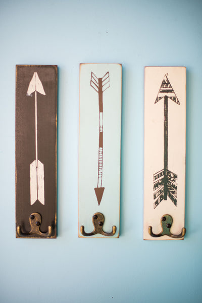 RECTANGULAR PAINTED ARROW HOOKS