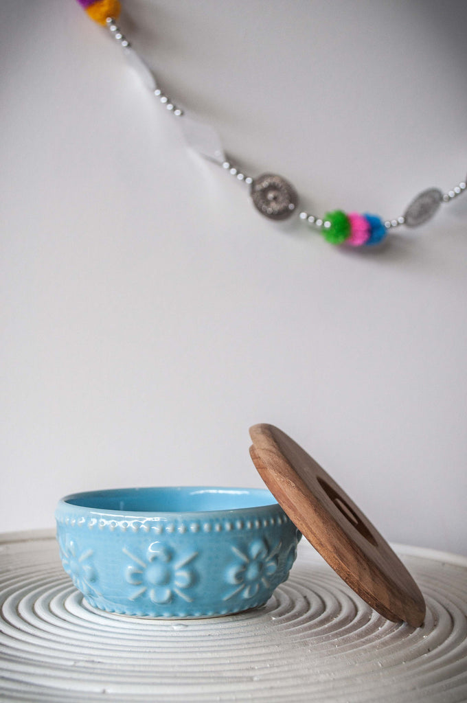 EMBOSSED FLOWER BOWL - BABY BLUE
