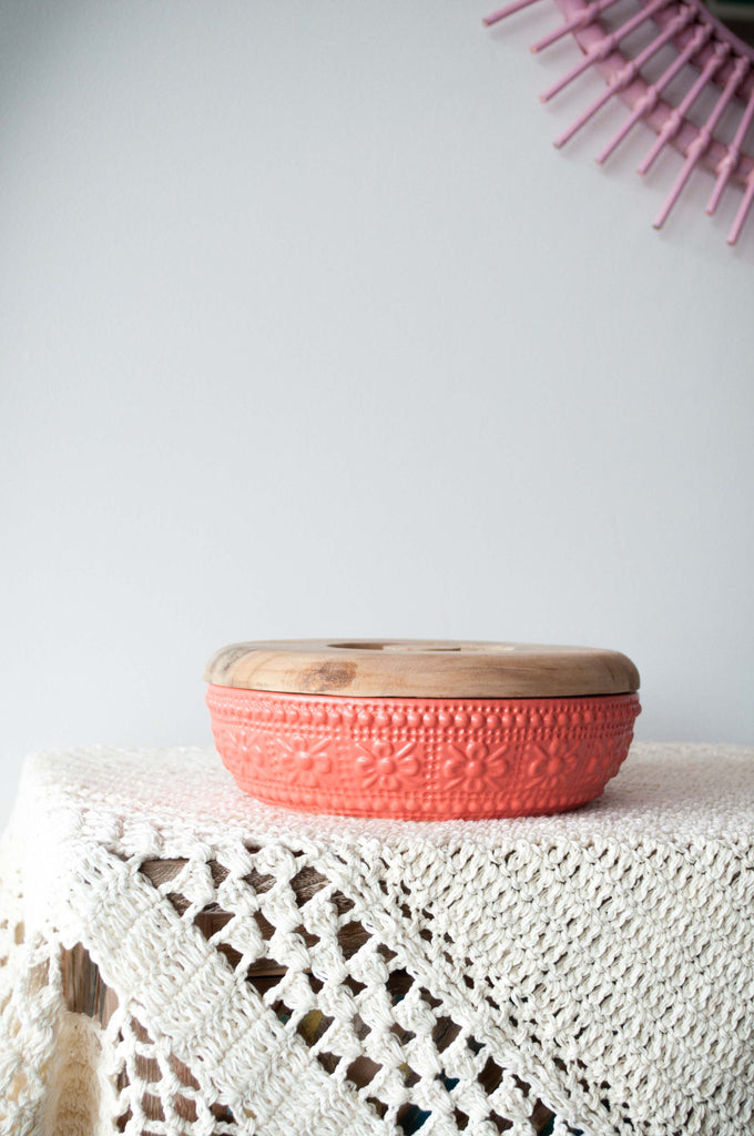 EMBOSSED FLOWER BOWL - CORAL