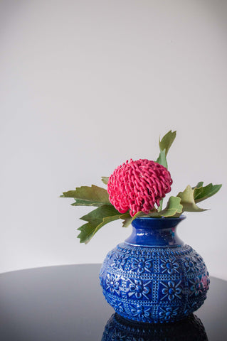 EMBOSSED FLOWER VASE - ROYAL BLUE