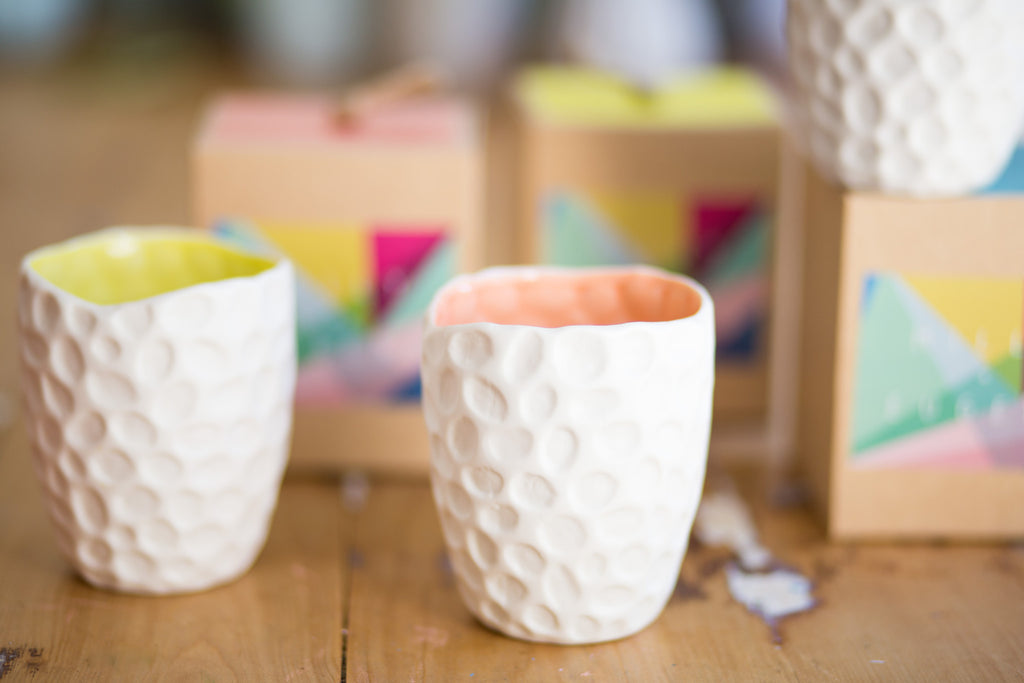 DOTTED COCONUT AND MANGO CANDLE