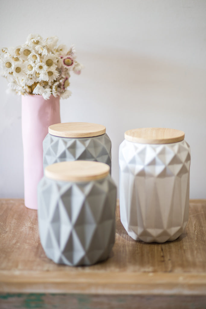 WHITE GEOMETRIC JARS