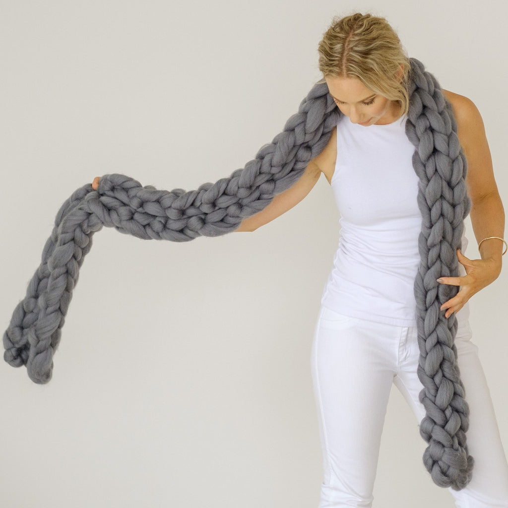 SUPER CHUNKY SCARF | Arm Knitting Kit | HEART from HAZEL