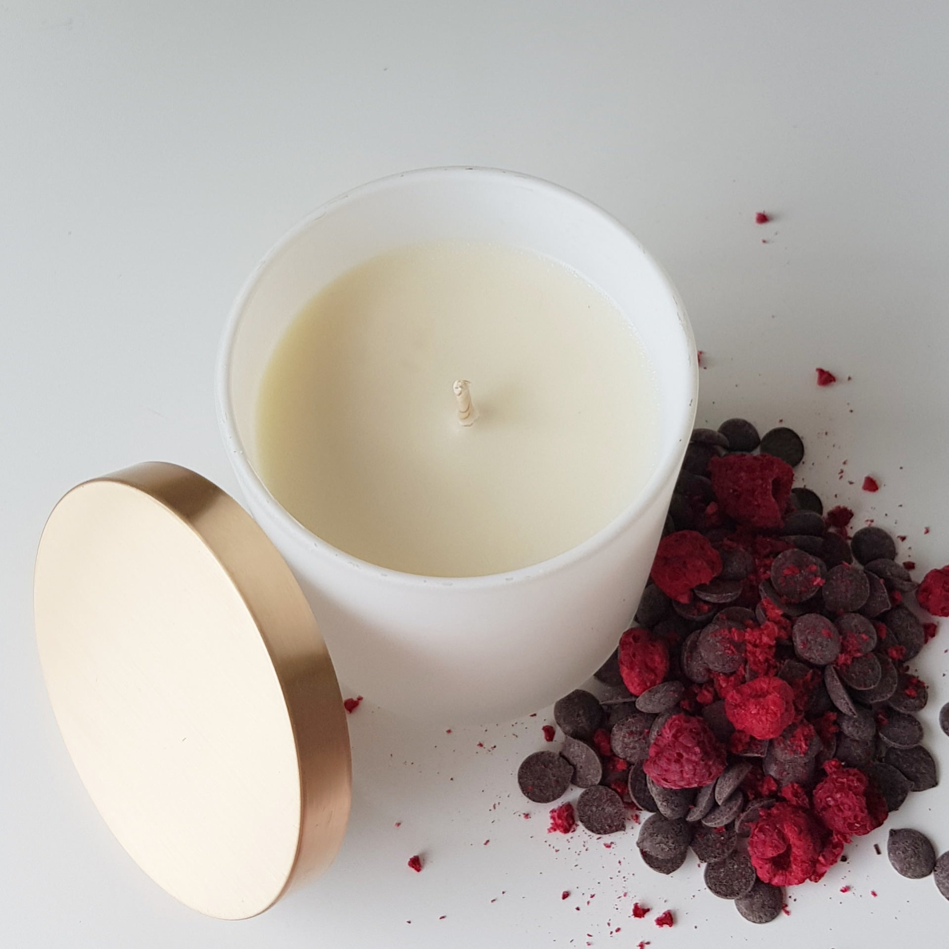 Natural Coconut Soy Candle | Choc Berry | Matt White