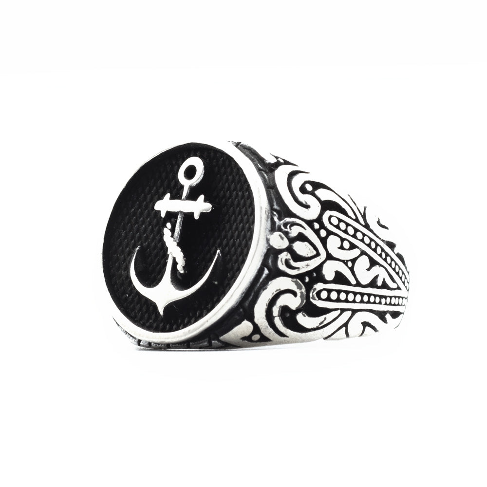 925s Silver Ring with Vintage Anchor
