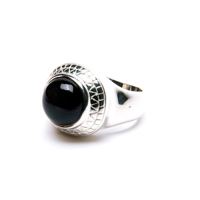 Puck Wanderlust_Silver Black Onyx Power Ring_White Background_Side
