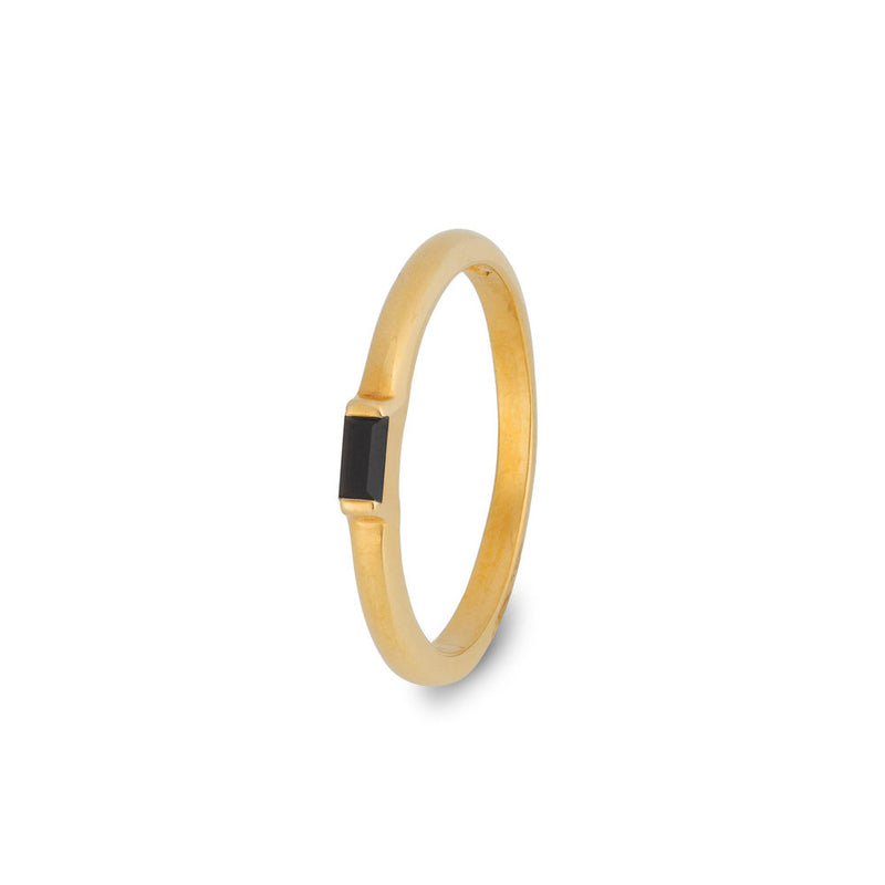 Puck-Wanderlust-Gold-Black-Onyx-Central-Jewel-Ring-Logo-Small