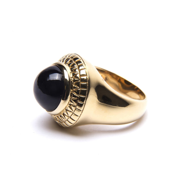 Puck Wanderlust_Gold Black Onyx Power Ring_White Background_Side