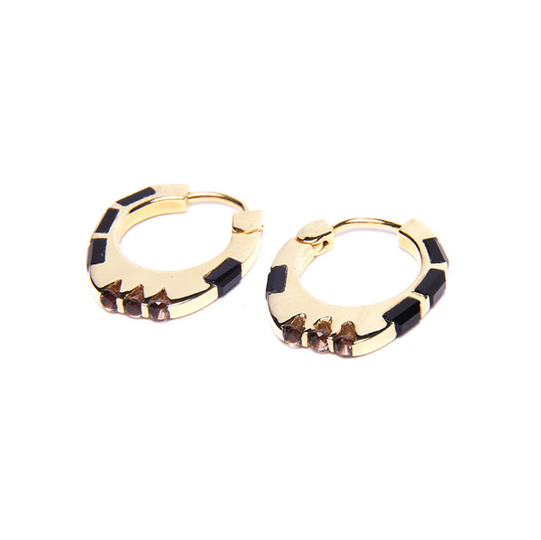 Puck Wanderlust_Gold Himalyay Hoop Earrings_White Backgroundjpg