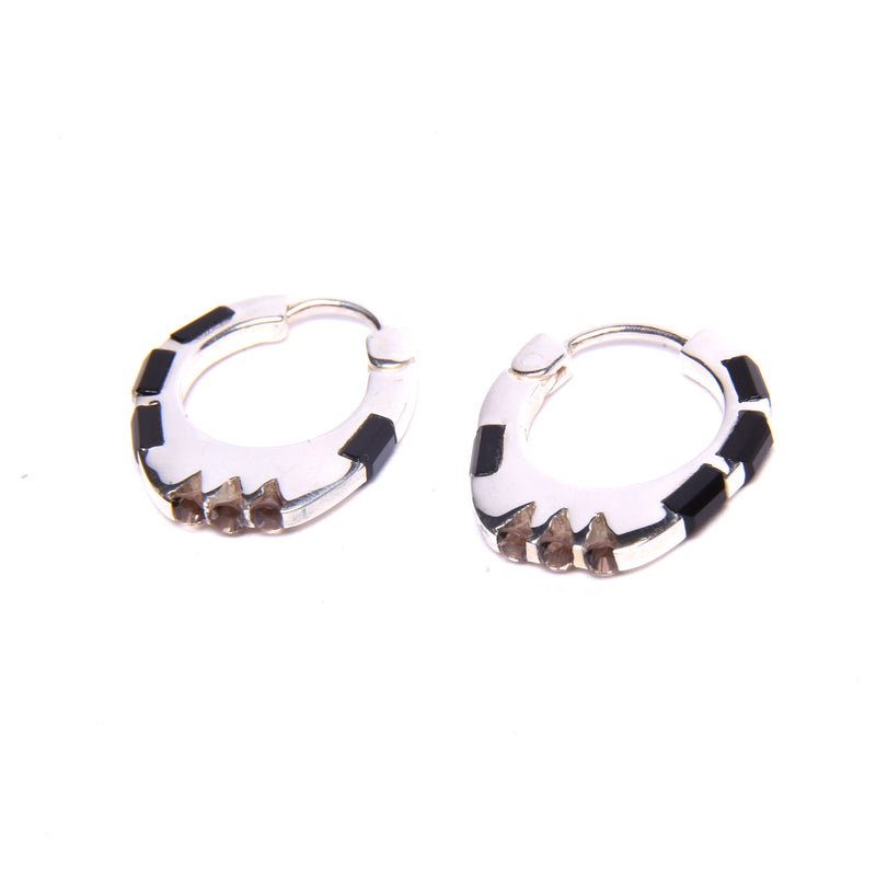 Puck Wanderlust_Silver Himalyay Hoop Earrings_White Background