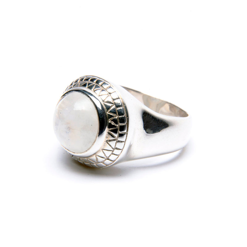 Puck Wanderlust_Silver Rainbow Moonstone Power Ring_.White Background_Side
