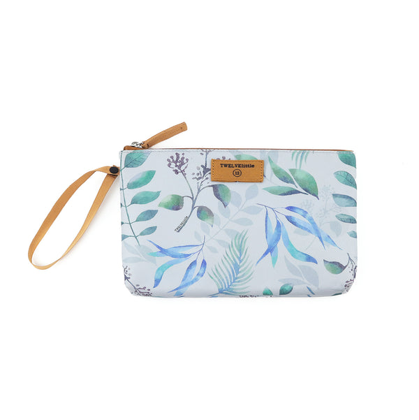 On-The-Go Insulated Pouch in Leaf print *Backordered till July 13th*