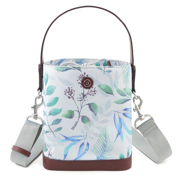 On-The-Go Bottle Bag in Leaf Print *Backorderd. Estimated shipping June 12th.