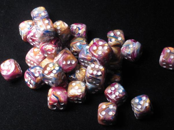 Chessex: Festive 12mm Carousel w/White (36)