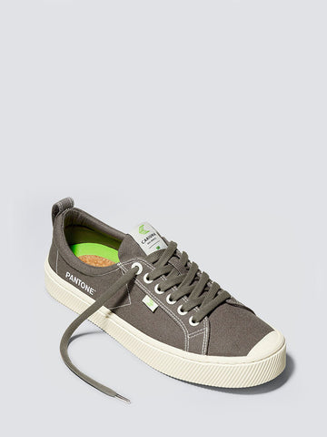 OCA Low Pantone Canvas Sneaker