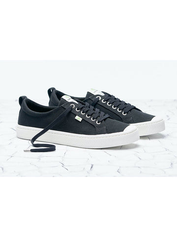 OCA Low Canvas Sneaker