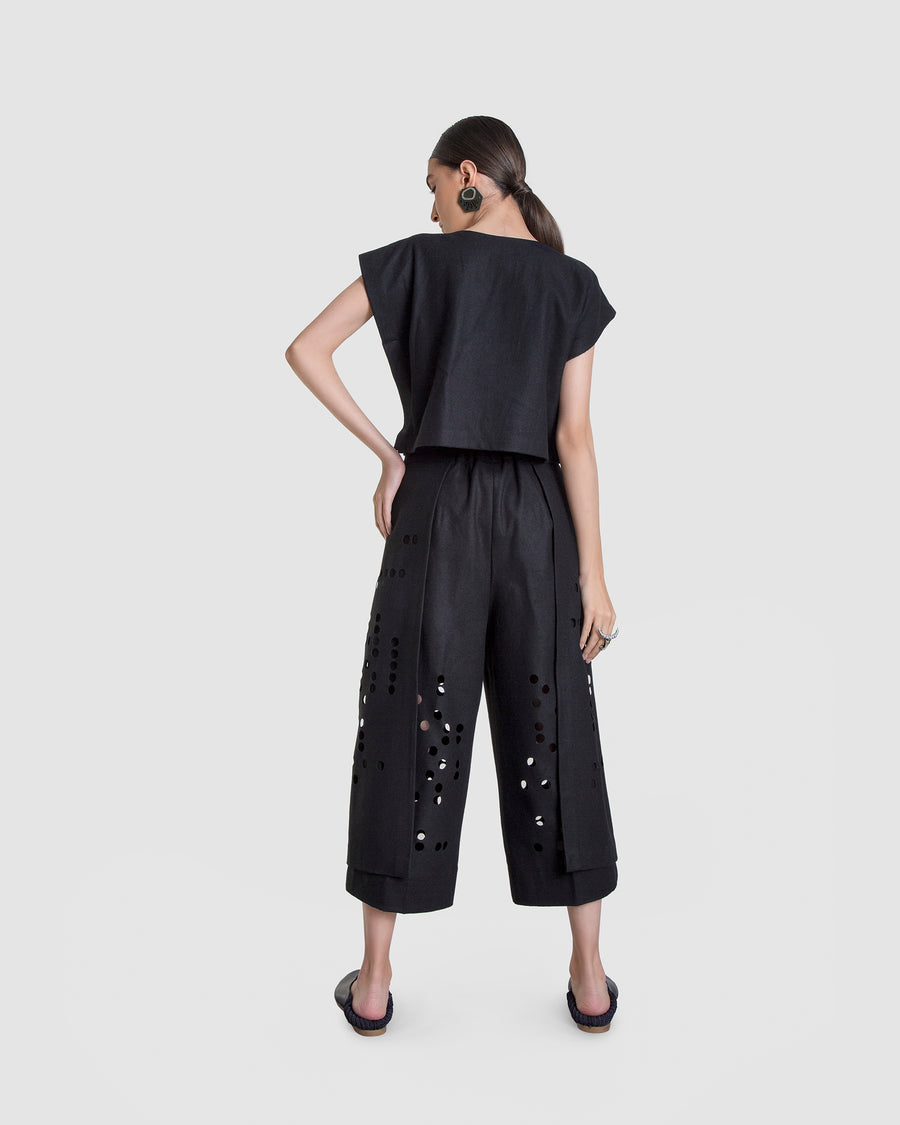 Deja Vu Culottes With Detached Layers Trousers