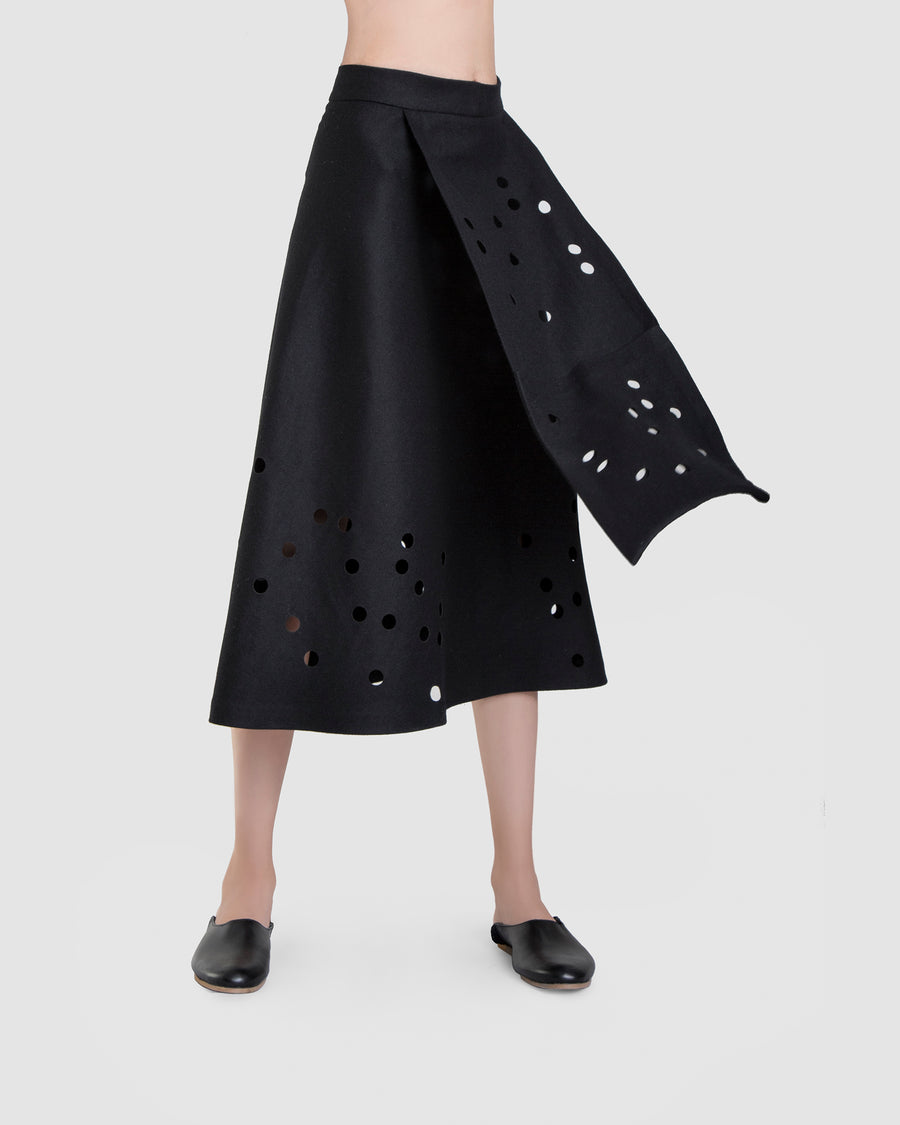 Déjà Vu Midi Skirt With Pocket Detail