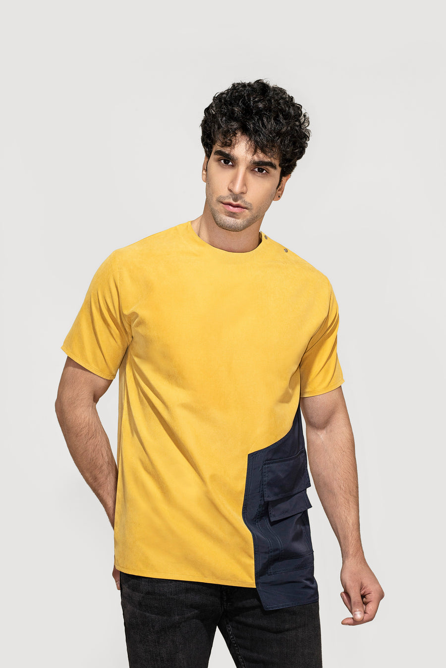 Hanging Pocket T-shirt