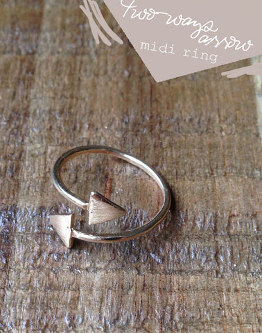 Two Ways Arrow Ring