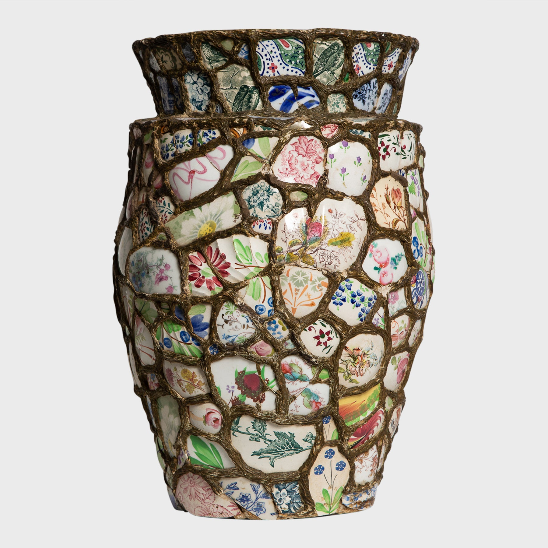 MAXFIELD PRIVATE COLLECTION  | C.1910 PIQUE ASSIETTE WIDE VASE