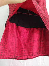 Load image into Gallery viewer, Outfit top & skirt Size 08/XS Yawkyawk Lino print on Silk