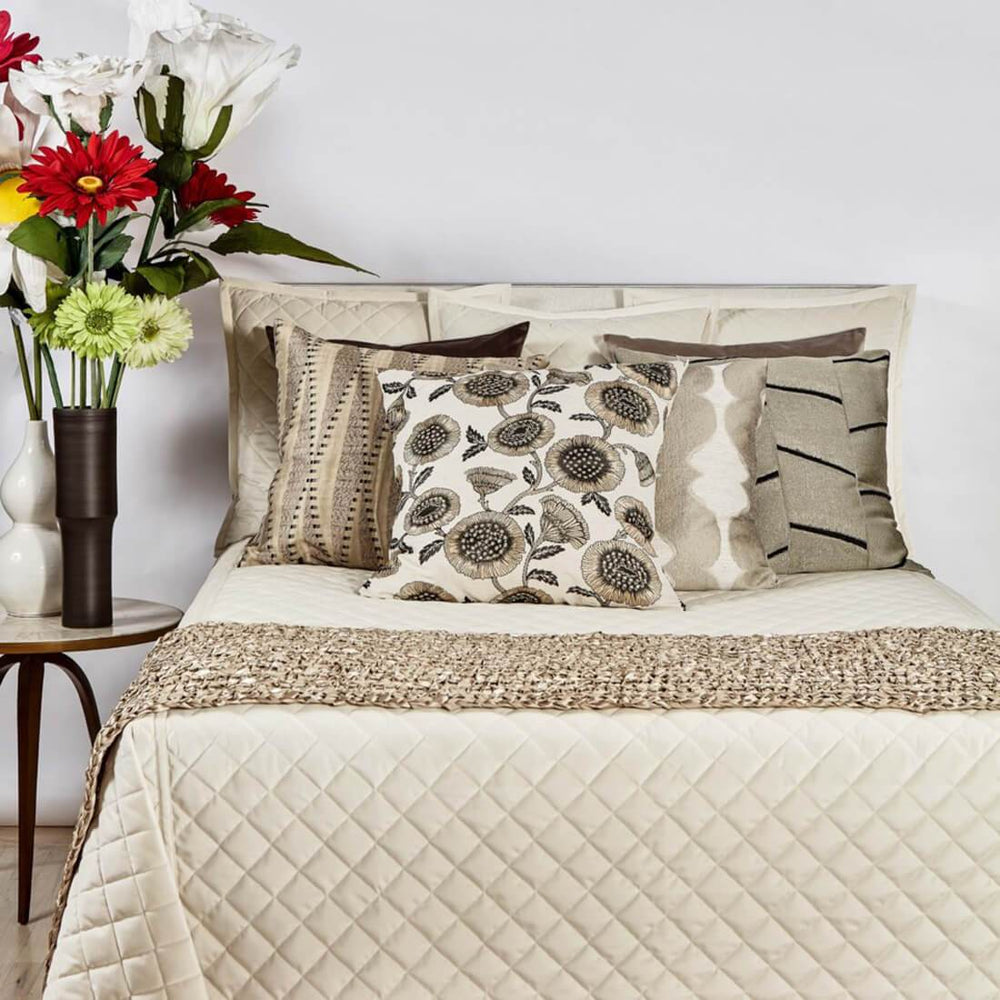 Velvet Coverlet Set, Ivory - Accessories - High Fashion Home