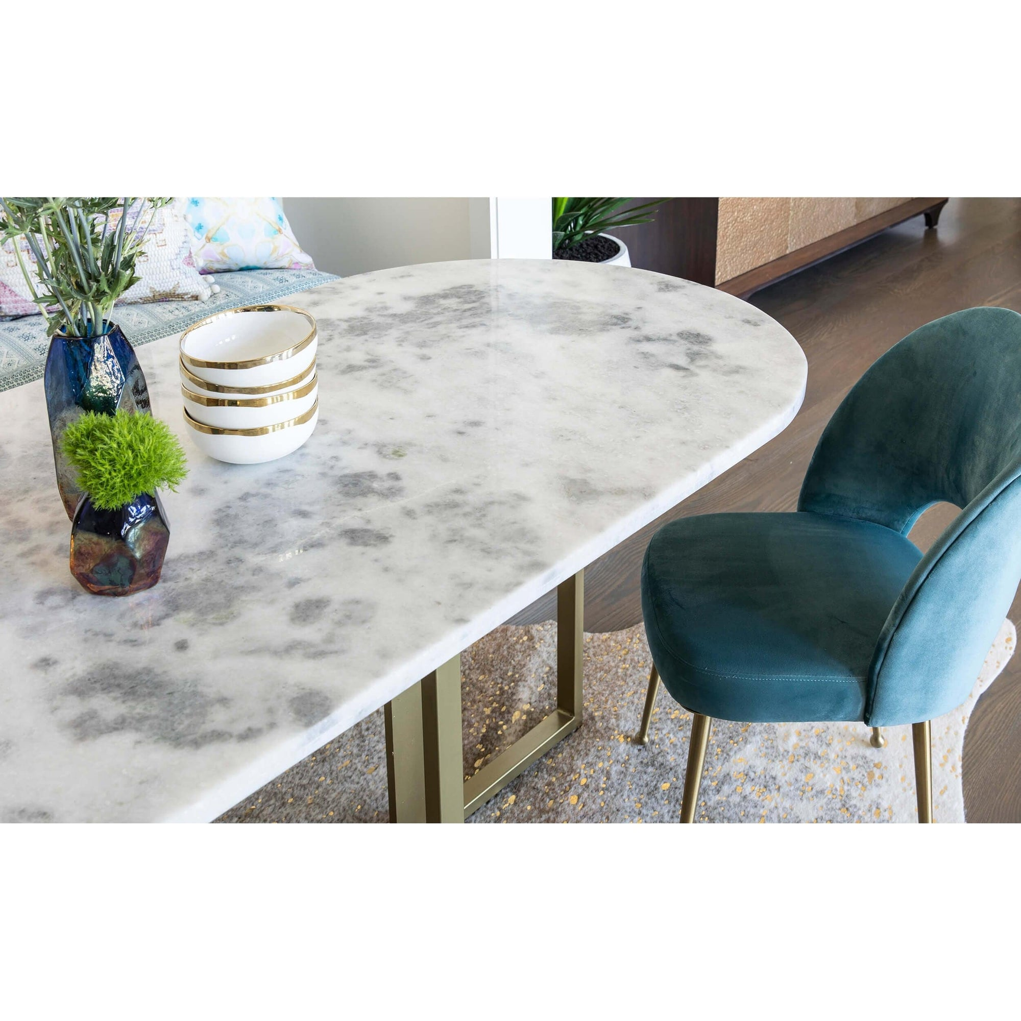 Strange Devan Oval Dining Table High Fashion Home Download Free Architecture Designs Grimeyleaguecom