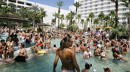 Here are some cool birthday ideas to help you plan your birthday party in Vegas.