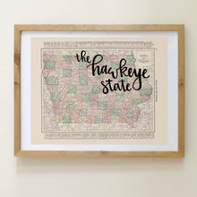 Load image into Gallery viewer, Vintage Iowa State Map Print