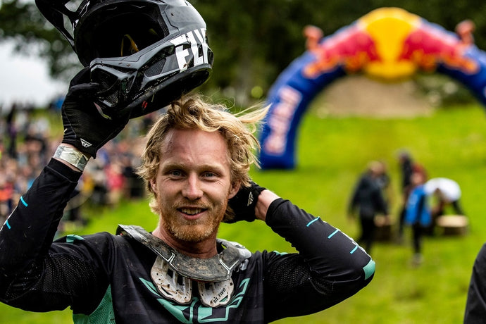 Kerr Wins Red Bull Hardline!
