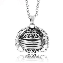 Load image into Gallery viewer, EXPANDING PHOTO LOCKET- BUY 1 & GET 1 FREE TODAY!