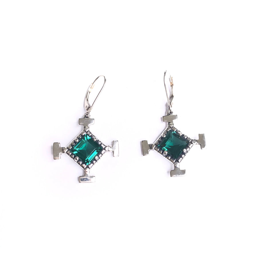 Vision earring  green quartz