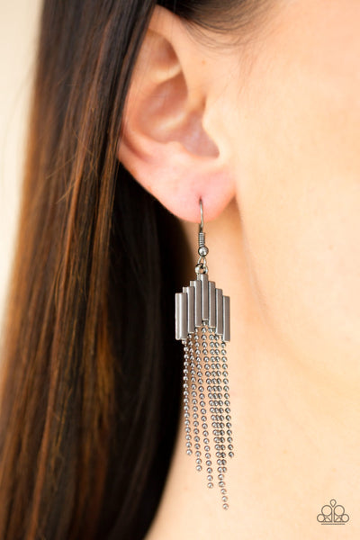 Paparazzi Radically Retro - Black Earrings - A Finishing Touch