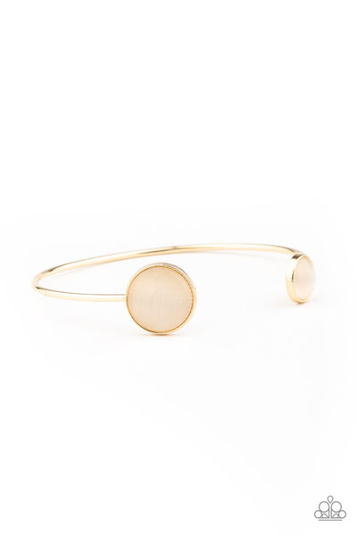 Paparazzi Brilliantly Basic - Gold Bracelet - A Finishing Touch