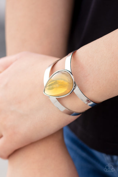 Paparazzi Optimal Opalescence - Yellow Bracelet - A Finishing Touch