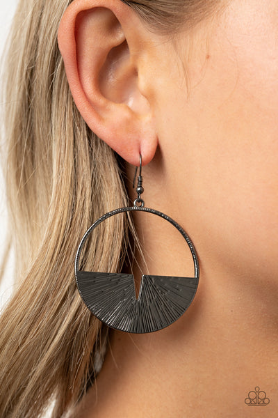 Paparazzi Reimagined Refinement - Black Earrings