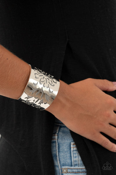 Paparazzi Get Your Bloom On - Silver Leather Bracelet - A Finishing Touch Jewelry