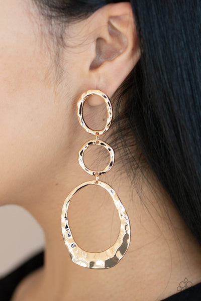 Paparazzi Radically Rippled - Gold Earrings - A Finishing Touch