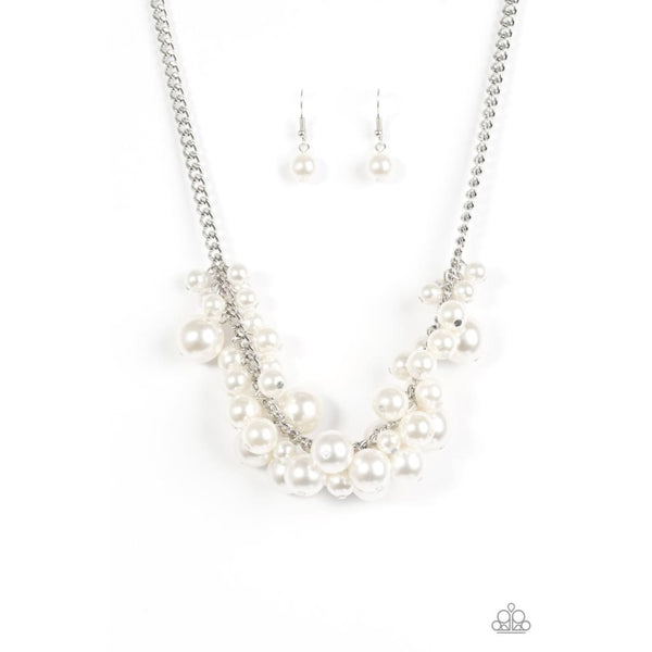 Paparazzi Glam Queen - White Pearl Necklace - A Finishing Touch